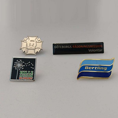 Pins med egen design